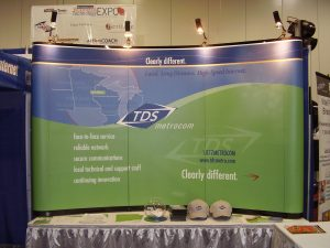 TDS Metrocom 300x225 Tabletop Displays